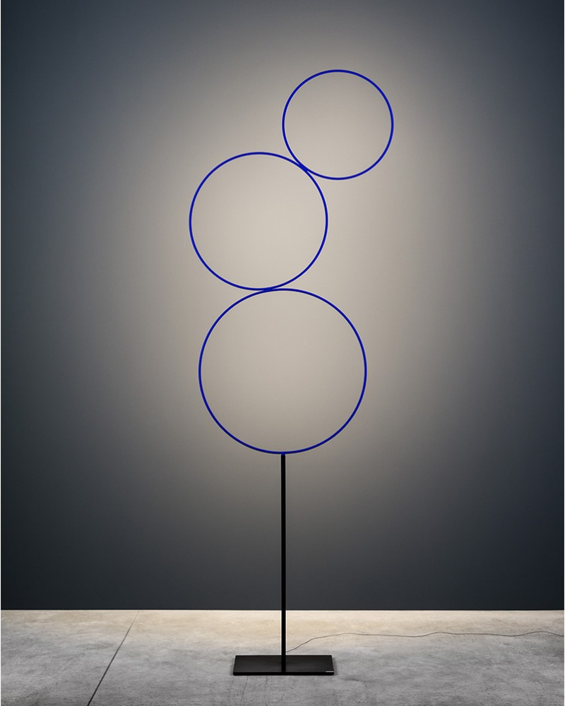 Catellani & Smith - floor lamp with 3 blue circles