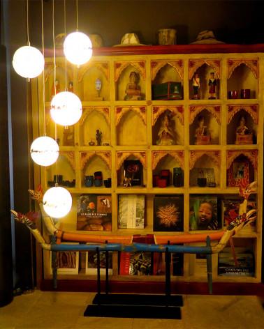 Inde - Bar Cabinet