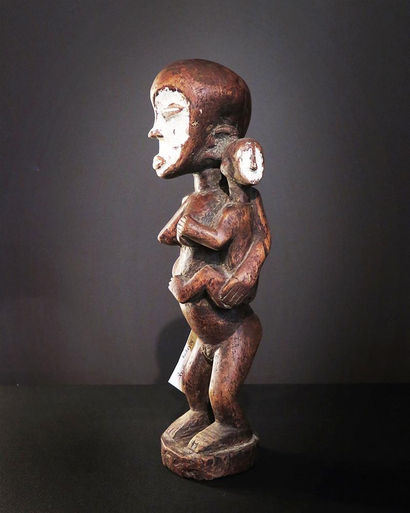 Afrique - Statue mère et enfant