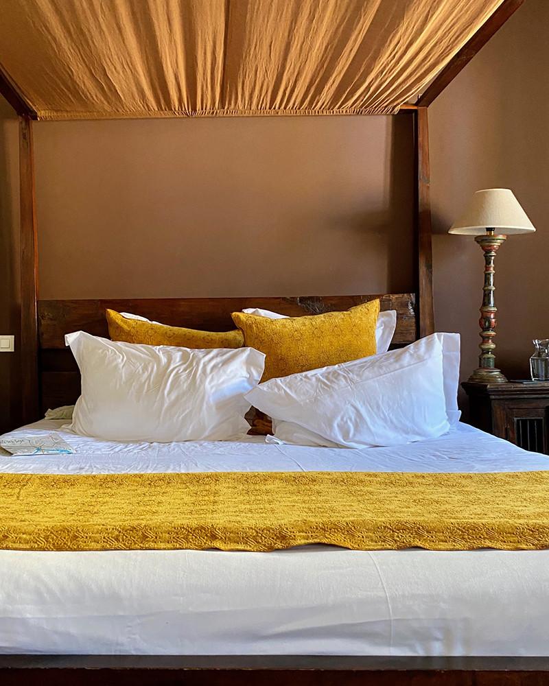 Maison de Vacances - Throws & cushions terra cotta