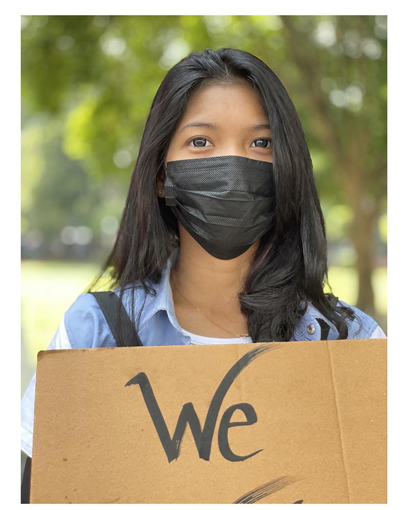 Myanmar - She is a Hero 02