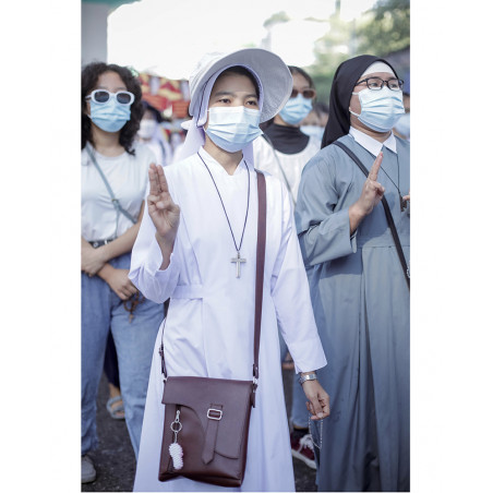 Myanmar - She is a Hero 08