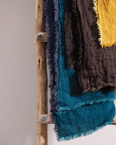 Maison de Vacances - Linen Throw, cushions, duvets