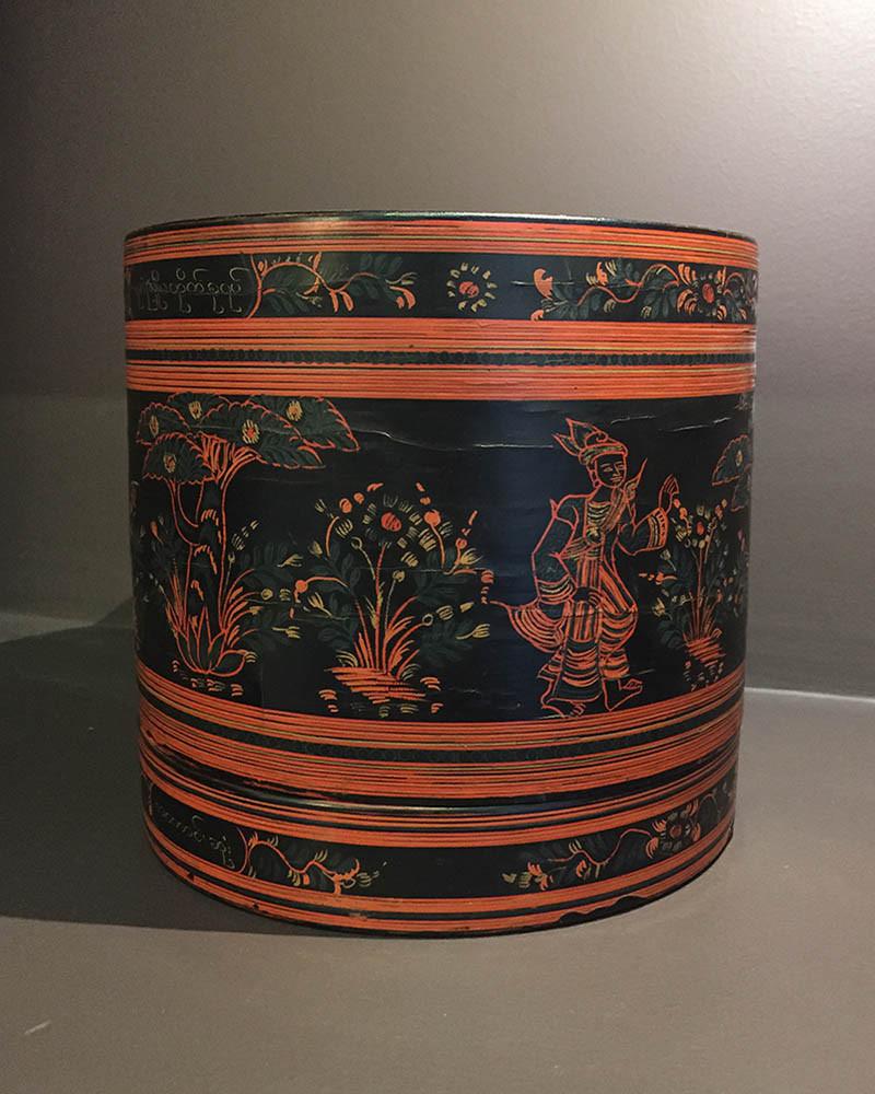 Burma - betel box with princes