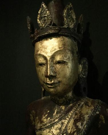 Birmanie - Buddha assis sur éléphant